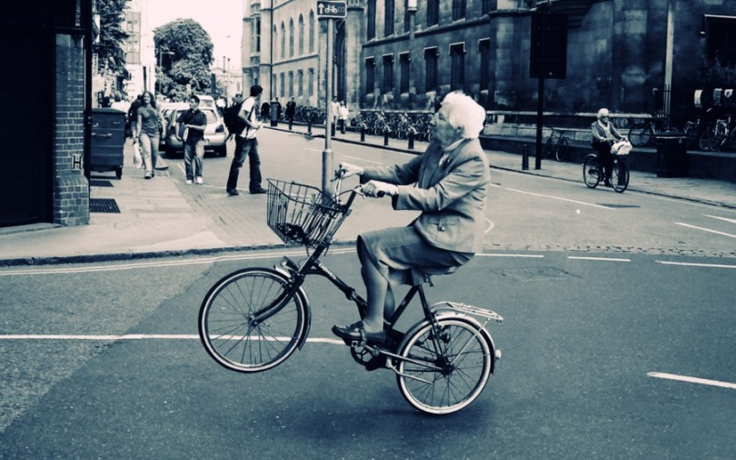 old-lady-bicycle-wallpaper-for-2560x1600-widescreen-332-12